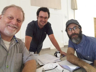 Finishing in the rehearsal hall with director Fernando Honesko  and star of the series, Danilo Grang