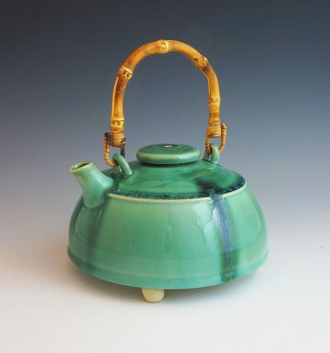 green drip teapot.jpg