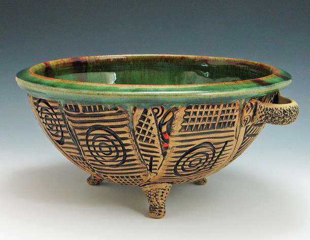 target bowl with handles.jpg