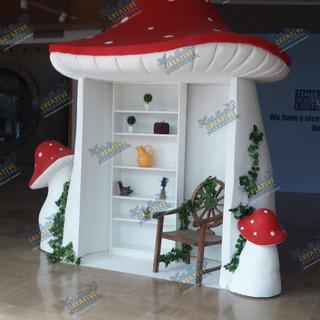 gnome home time square (1).JPG.jpg