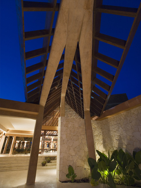 Sales Center Porte Cochere