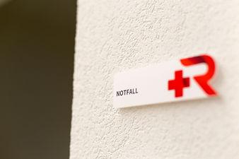 © Notfall Ambulanz Medizinisches Zentrum St. Raphael in Naters