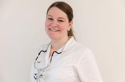 Dr. med. dent. Stefanie Loser-Schmidt Zahnmedizin Zentrum St. Raphael in Naters