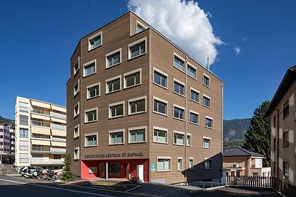 © Arbeiten in einem hochmodernen, aber familiären Umfeld im Medizinischen Zentrum St. Raphael Naters