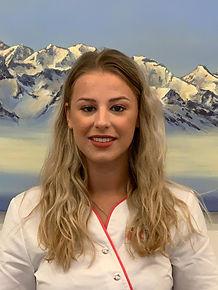 Frau C. Truffer Dentalassistentin Zahnmedizin Sankt Rapahel in Naters