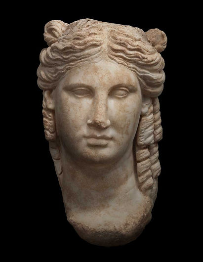 Private Air Luxury Homes Magazine | Over-life size head of Aphrodite at Ariadne Galleries