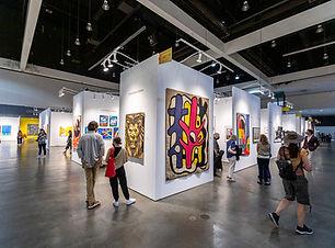 LA_Art_Show_Floor_2021_(CREDIT BIRDMAN PHOTOS)(4).jpg