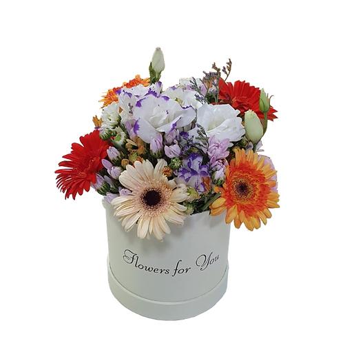 סידור פרחים שנקרא זריחת הקיץ