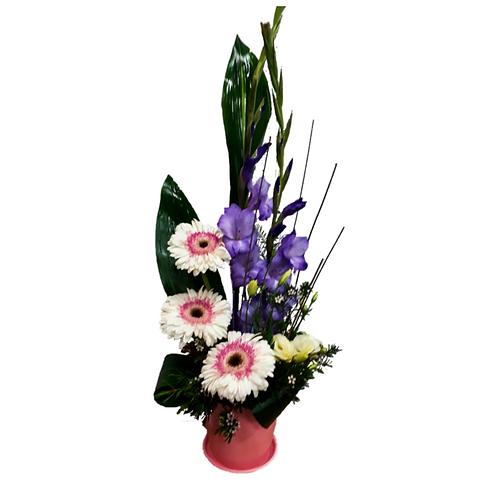 סידור פרחים טריים בשם נוסטלגיה
