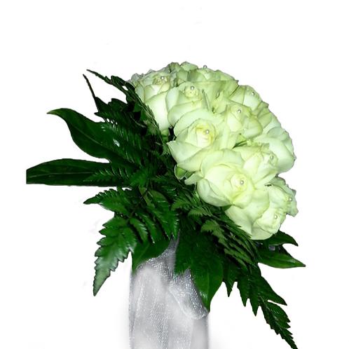 זר כלה 7 מפרחים טריים בשזירה מקצועית