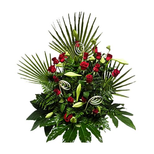 סידור פרחים טריים בשם חגיגה