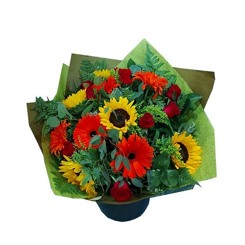זר בשם קרנבל - זר פרחים למשלוח