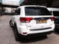 רכב להשכרה לחתוה: ג'יפ לבן מפואר אמריקאי