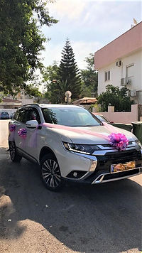 Wedding-car-decoration-q7limo (2).jpeg
