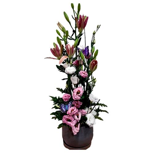 סידור פרחים טריים בשם פשוט יפה