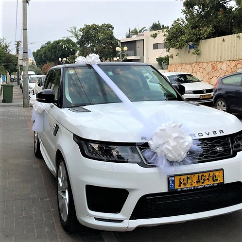 range rover car decorated for the wedding with decoration number 90-1