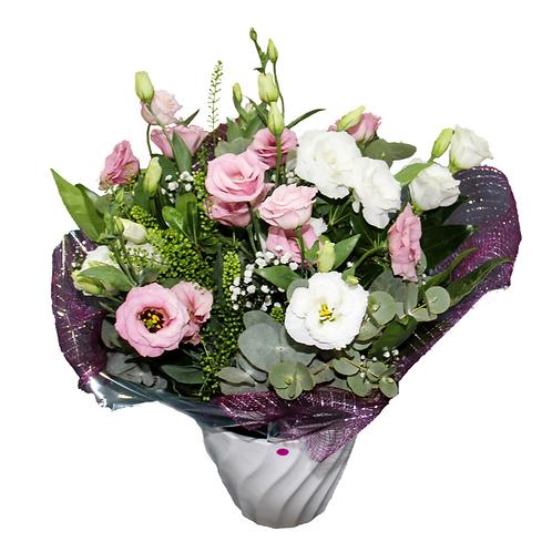 זר לבן ורוד - משלוח פרחים