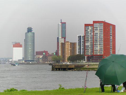Rotterdam den Fluss entlang