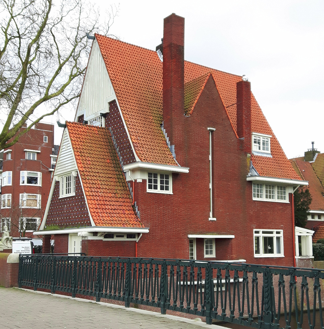 Amsterdamse School villa