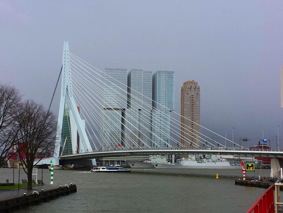 De Rotterdam, Erasmus Brücke