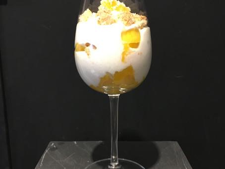 Mousse de fromage blanc, coco et mangue