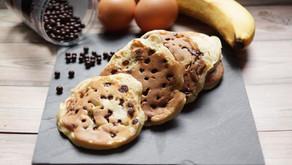 Pancakes à la banane et pépites de chocolat