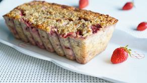 Cake bananes/flocons d'avoine/fraises/pistaches