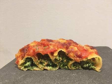 Cannellonis épinards/ricotta, sauce tomate