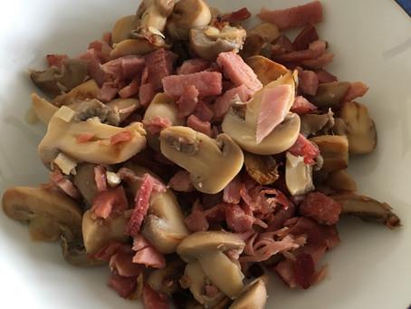 Fricassée de champignons au bacon