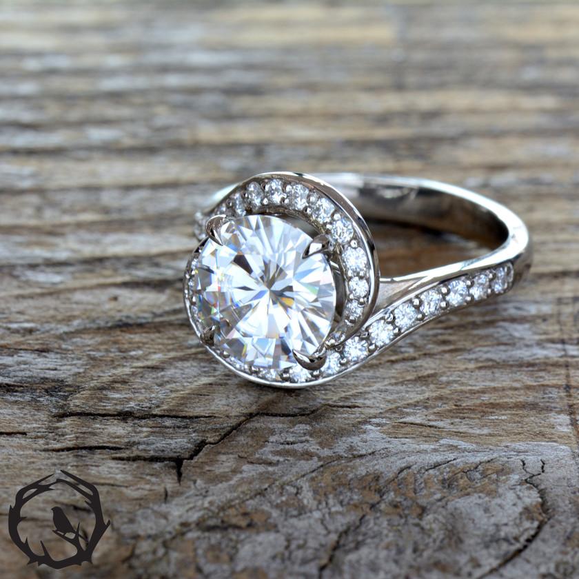 9mm Moissanite Engagment Ring