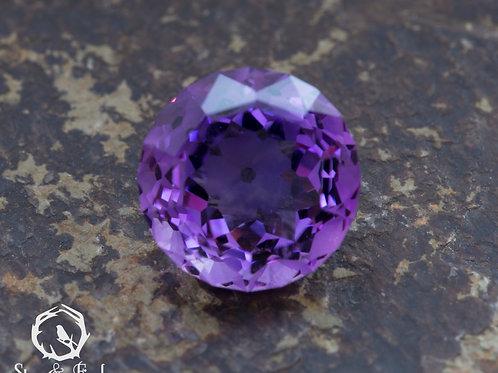 3.70 carat Amethyst Flower
