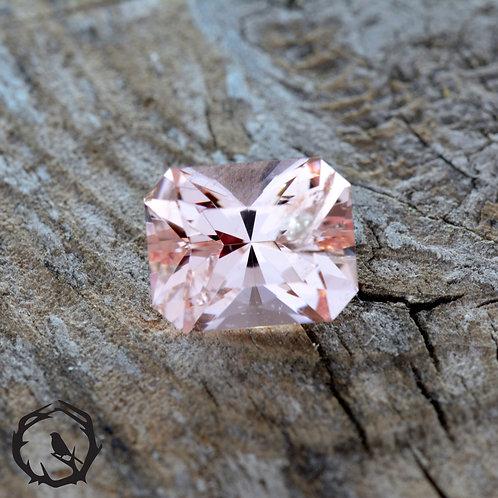 2.6 carat Morganite