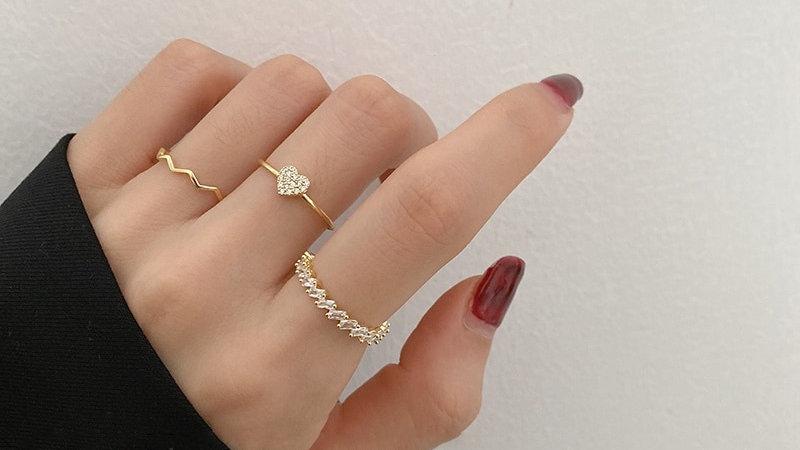 Korean Fashion Design Delicate Zircon Heart Rings for Women Girls Mid Finger