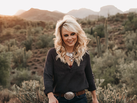 "Shari Rowe will be ""Home for Christmas (Underneath the Desert Sky)"""