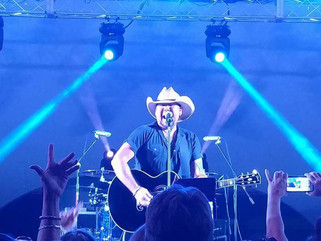 Who's the Real Jason Aldean?? Check Out This Tribute Artist Who Looks EXACTLY Like the Real Thin