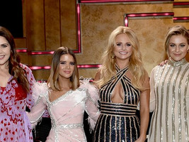 Women Of Country Dazzle At The CMT Artists Of The Year