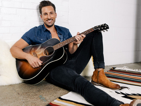 """JD Shelburne Exclusively Premieres Christmas Cover of """"Run Run Rudolph"""" On Taste Of Country"""