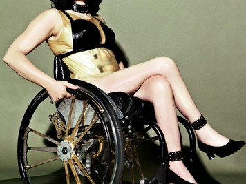 Ali Stroker vs Kylie Jenner: Disability and Fashion