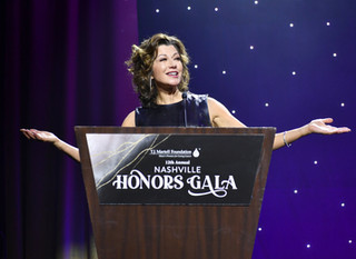 T.J. MARTELL FOUNDATION HONORS AMY GRANT WITH TONY MARTELL OUTSTANDING ENTERTAINMENT ACHIEVEMENT AWA