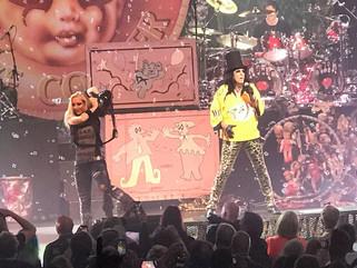 Shock Rocker Alice Cooper Reps Nashville Predators Jersey at TPAC Performance!!!