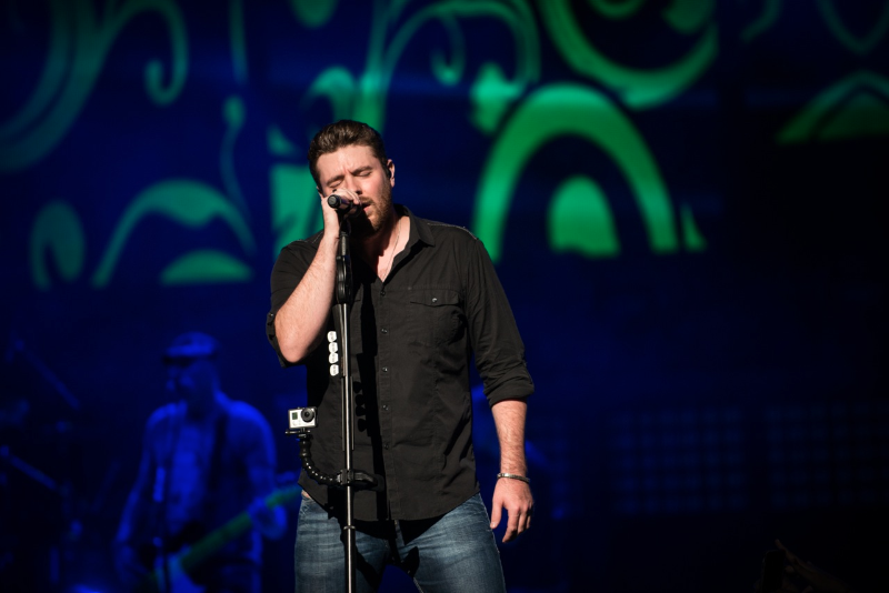 chris young a.m. tour