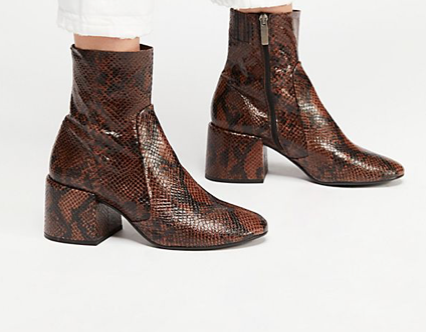 5 Shoes That Every Girl Needs