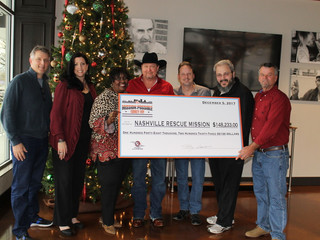 Tracy Lawrence Presents $148,233.00 Check to Nashville Rescue MissionThrough MISSION:POSSIBLE Turke