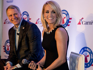 Carrie Underwood Supports Military Families
