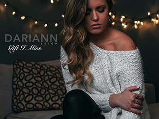 Dariann Leigh's Beautiful Christmas Ballad is a Sweet Moment of Grief