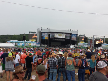 Country Music Festivals This Fall!