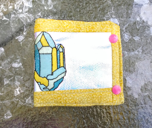 Holographic crystal wallet