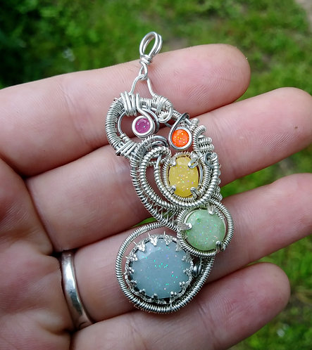 Rainbow color change pendant