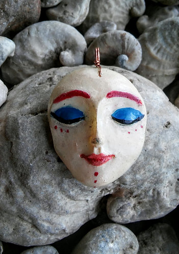 Lady face pendant