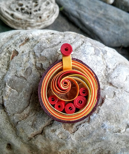 Paper quilled spiral swoop pendant